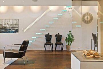 еscalier-design-verre-marches-suspendues-lumineuses