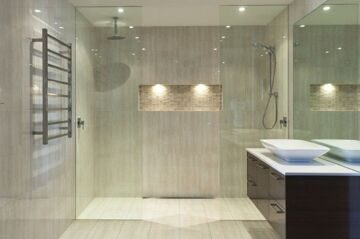 modele-douche-a-l-italienne-spacieuse-resized