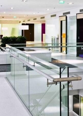 Glassrailing_1