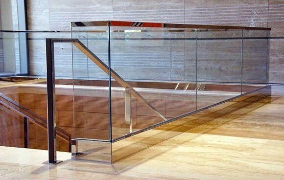 glass-balustrade-internal-idsystems