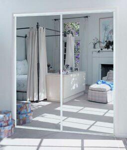 Двери зеркальные раздвижные5
