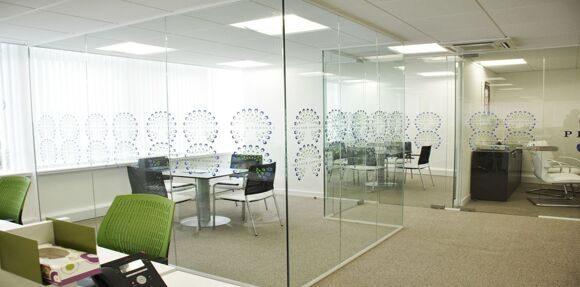 Glass-partition-3